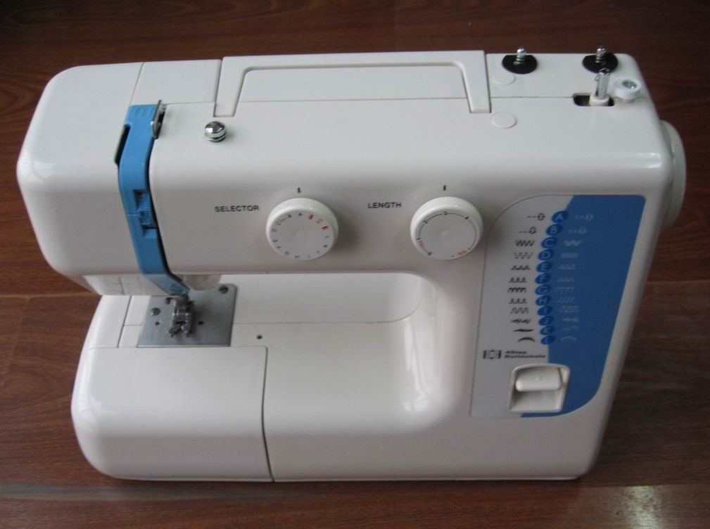 6624 Domestic Sewing Machine