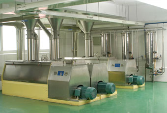 Mixing machine of instant noodle production line