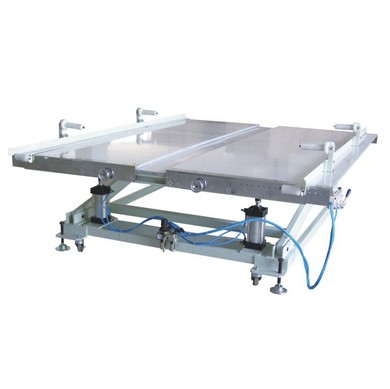 self-regulating height working table